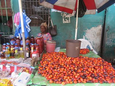 040_Monrovia  Waterside Market  UN Drive