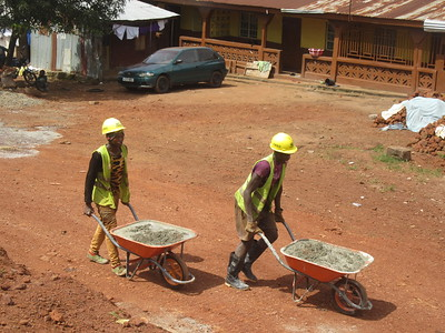 007_From the Border of Guinea-Sierra Leone to Freetown  Road Enhancement  Chinese Project  Employes paid 9$ US a month