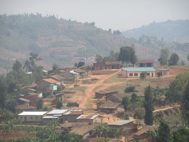 008_From the Burundi Border to Nyungwe National Park