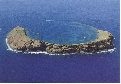 12_Maui_Molokini_Island_Snorkle_clear_waters