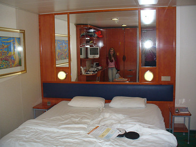 08_Our_room