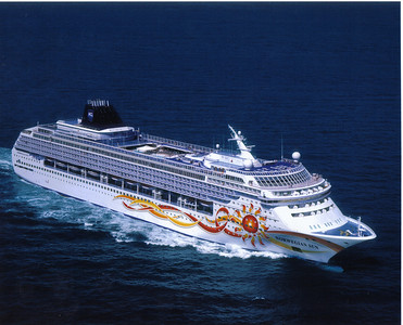 06_Norwegian_Sun_Cruise_Boat