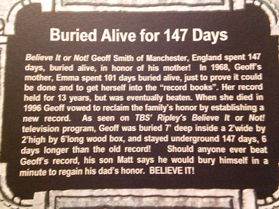036_Orlando_Rypley's Believe It or Not_Buried alive for 147 days