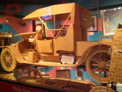030_Orlando_Rypley's Believe It or Not_A car made from over a million Matchsticks