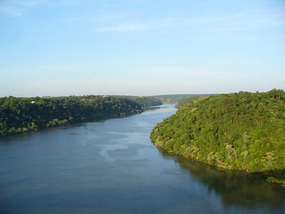 04 Iguacu Falls, Landmark of the Three Frontiers