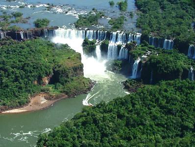 17 Iguacu Falls, CD Helicopter Tour