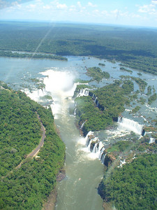 004 Iguacu Falls, 275 Falls, Height 80 meters