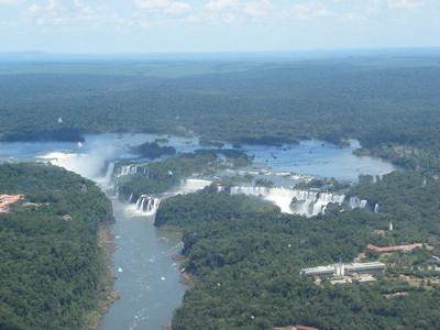 003 Iguacu Falls, 275 Falls, 3km large