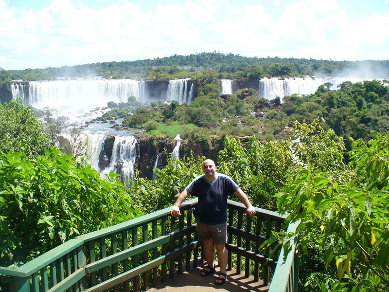 021 Iguacu Falls, Cataracas Trail, 1,2 km along the Iguacu River, JD