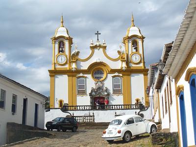 022 Tiradentes, Minas Gerais, Rua da Camara, Igreja de Santo Antonio, 1710