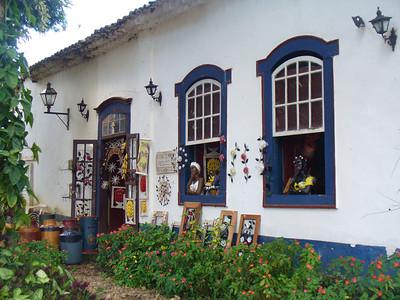 039 Tiradentes, Minas Gerais, Rua Direita, Inside Courtyard