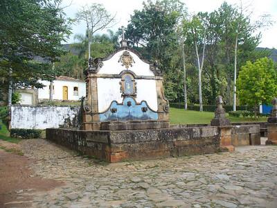 034 Tiradentes, Fountain Sao Jose das Botas, 1749, Stone canalization