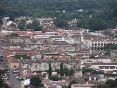 016  Antigua  Overview from Cerro de la Cruz