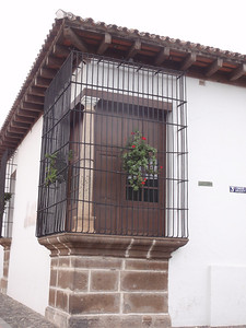 033  Antigua  Windows