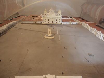 040  Antigua  Modelo de la Plaza Mayor  After 1775 Earthquake