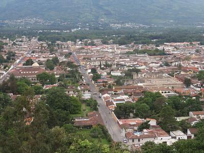 014  Antigua  Overview from Cerro de la Cruz