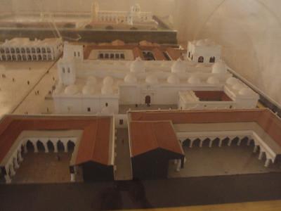 039  Antigua  Modelo de la Plaza Mayor  1700