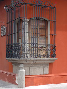 032  Antigua  Windows