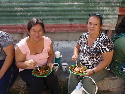 025  Antigua  Ladies eating tamales