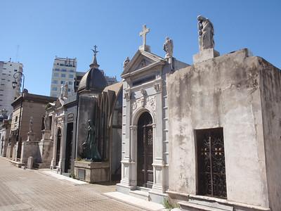 017_Buenos Aires, La Recoleta  Cementerio  Quartier Aristocratique jpg