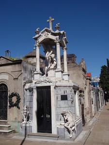 021_Buenos Aires, La Recoleta  Cementerio jpg