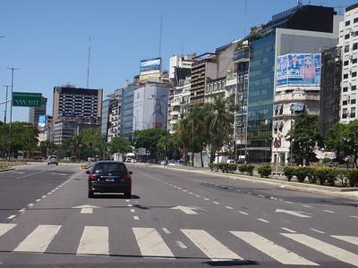 016_Avenida 9 de Julio  World Largest Boulevard  140m Wide, 8km Long  1937 jpg