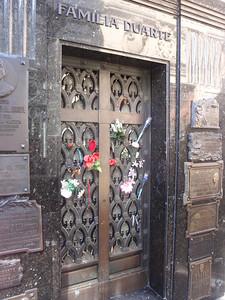 022_Buenos Aires, La Recoleta  Cementerio  Eva Peron jpg
