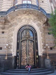 039_Buenos Aires, Retiro  Nice Facade and Carvings jpg