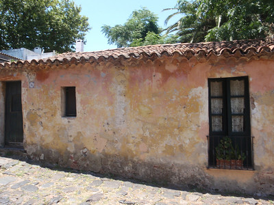 20_Colonia  The Old Town  Calle de Los Suspiros  Portuguese House jpg