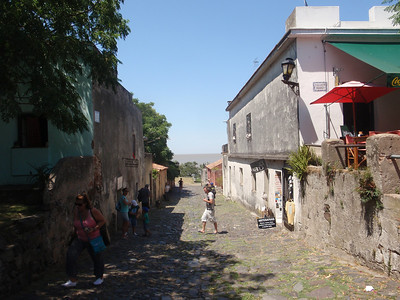 19_Colonia  Calle de Los Suspiros  Mix Spanish and Portuguese Architecture jpg