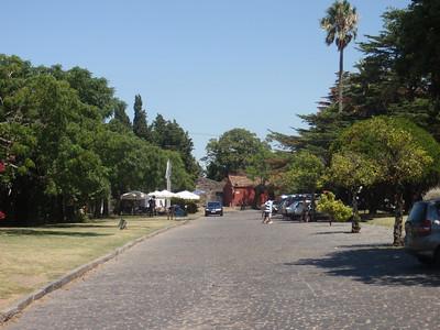 17_Colonia del Sacramento  The Old Town  Plaza Mayor del 25 de Mayo jpg