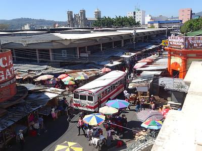 025_San Salvador  Busy Streets