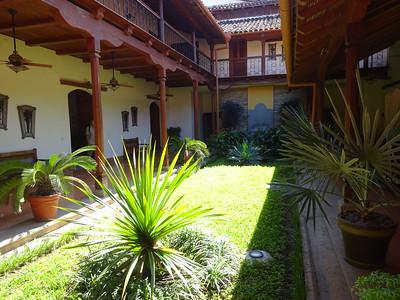 288_Granada  Parque Central  Colonial Architecture  The Hotel Plaza Colon