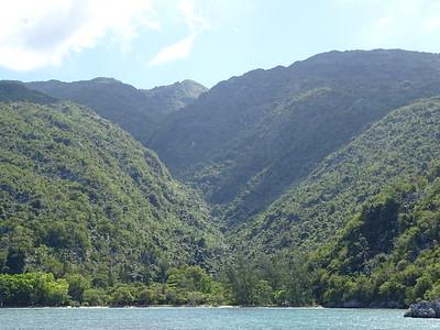 25_Haiti  Labadee  Land of Mountain Coves