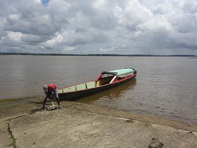 005_La Rivière Maroni  D'Albina (Suriname) à St  Laurent-du-Maroni (Guyane Française)