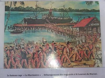 092_Les Bagnes de Cayenne  Le bateau cage La Martinière  Débarquement des bagnards à St  Laurent du Maroni