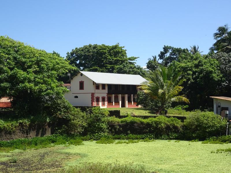 144_L'Ile Royale  Quartier Disciplinaire avec Bureaux et Chambres pour Célibataires