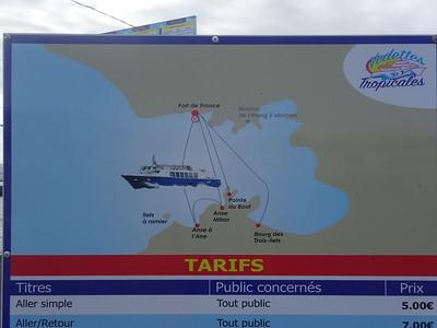 019_Les Trois Ilets et L'Anse Mitan  La navette rejoint Fort-de-France en 20 minutes  7 Euros AR
