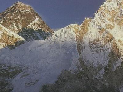 65_Trekking _to Everest_Base_Camp
