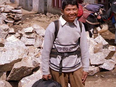 08_Trekking _to Everest_Base_Camp