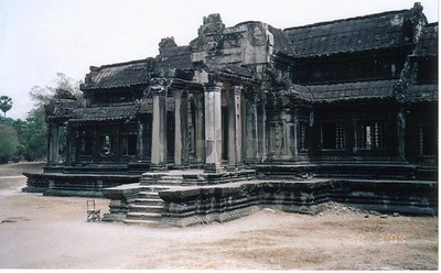 13_Siem_Reap_Angkor_Wat_The_Librairy