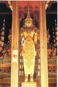05_Phnom_Penh_The_Gold_Buddha