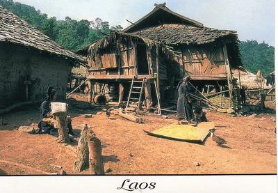 18_Luang_Pradang_Village_Iko