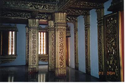 10_LP_Temple_Colonnes_interieures
