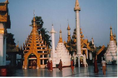 17_Yangon_Shwedagon_Pagoda