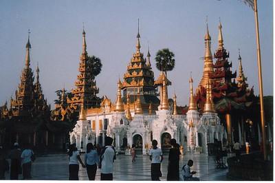 07_Yangon_Shwedagon_Pagoda