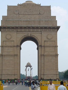 019_New_Delhi_India_Gate_42m_high_Soldiers_died_WW1919