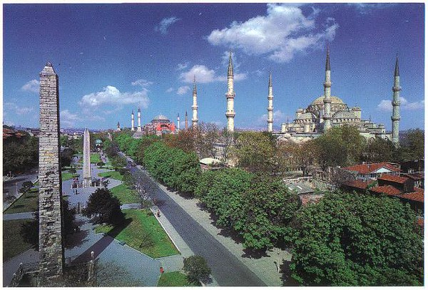 027_Ist_Hipodromus_100000_people_and_The_Blue_Mosque