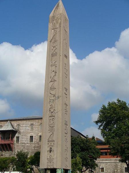 029_Istanbul_Hipodromus_Egyptian_Obelisque_1500_BC