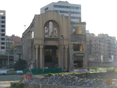 020_Beyrouth_Guerre_1975_1991_Immeubles_cribles_balles_et_obus